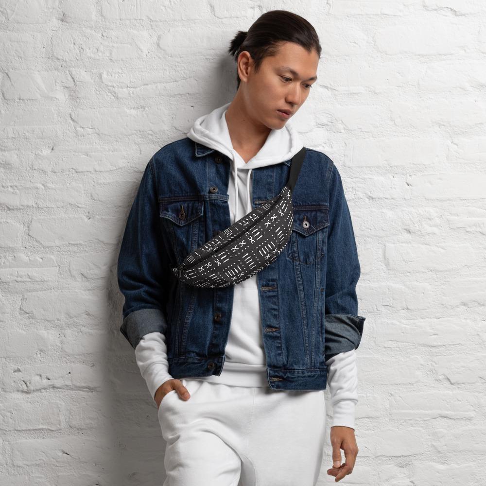 Model wearing the black fanny pack