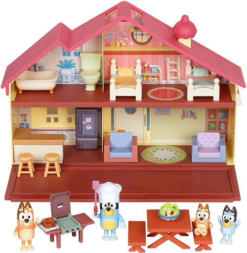 Rear or play set house with four figures