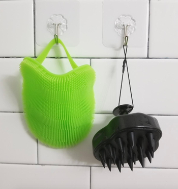the green scrubber