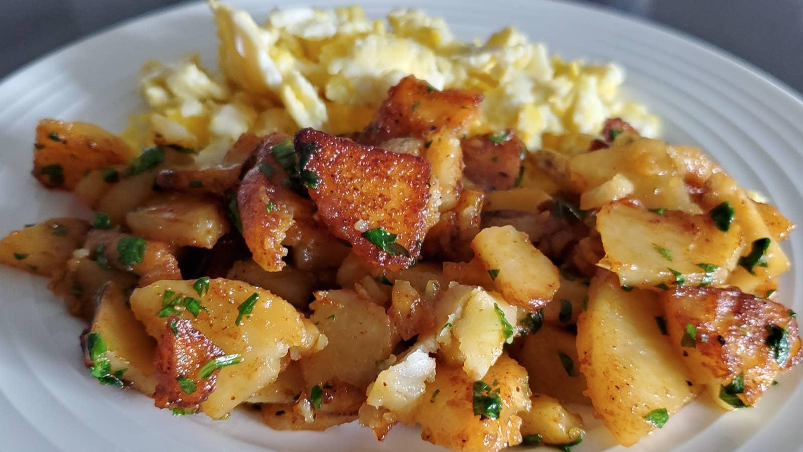 Crispy Pan-Fried Breakfast Potatoes