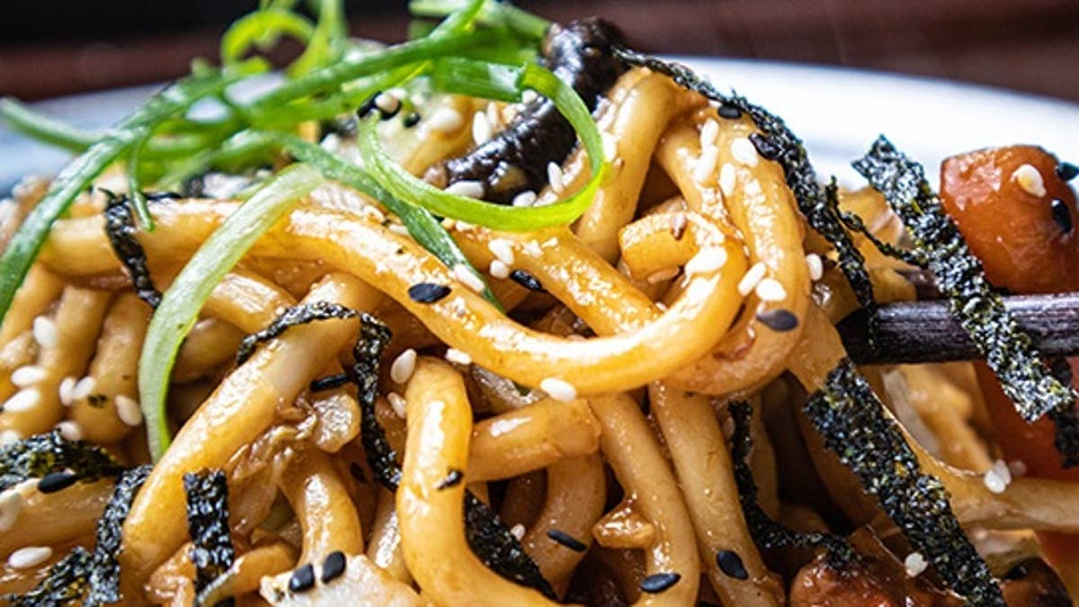 Yaki Stir-Fried Udon Noodles (Vegan)
