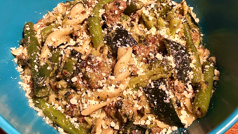 Easy, One Pot Creamy Beef And Veggie Pasta Recipe by Tasty image