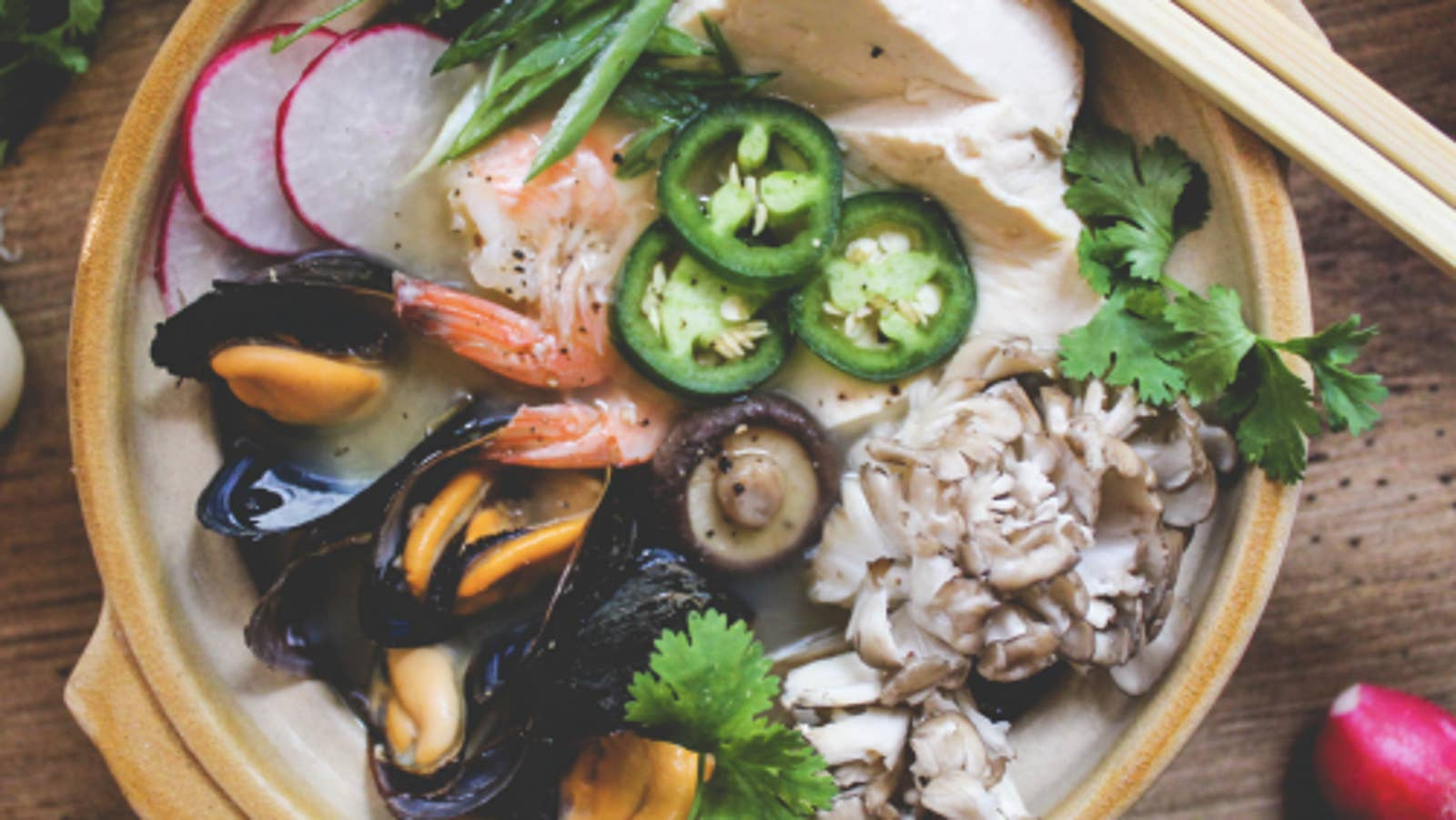 10-Minute Healthy Donabe Stew