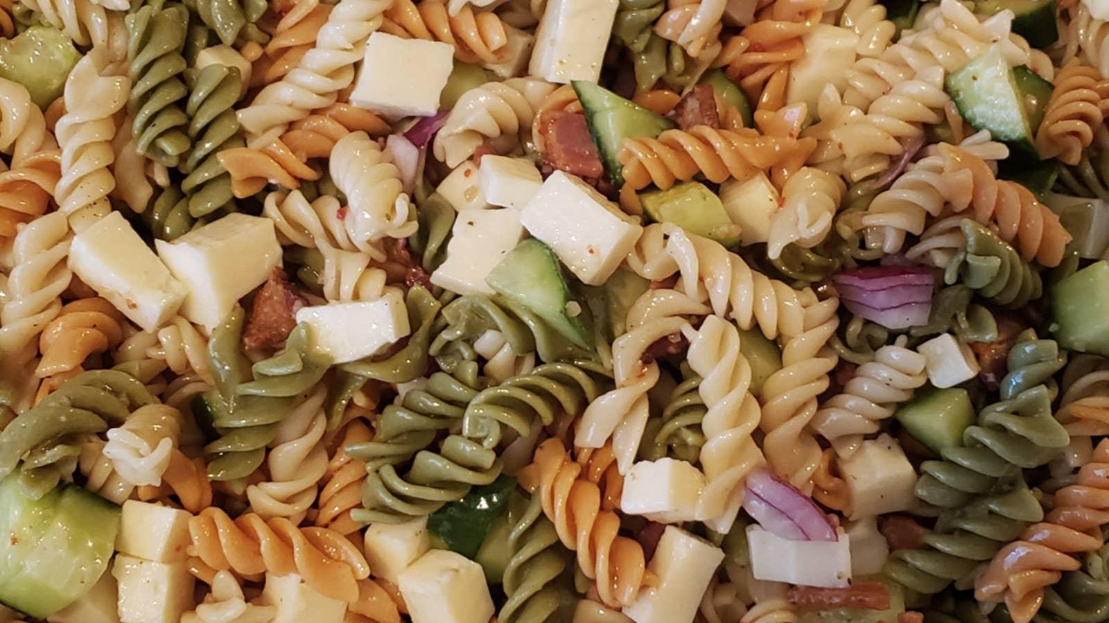 Val's Easy Pasta Salad