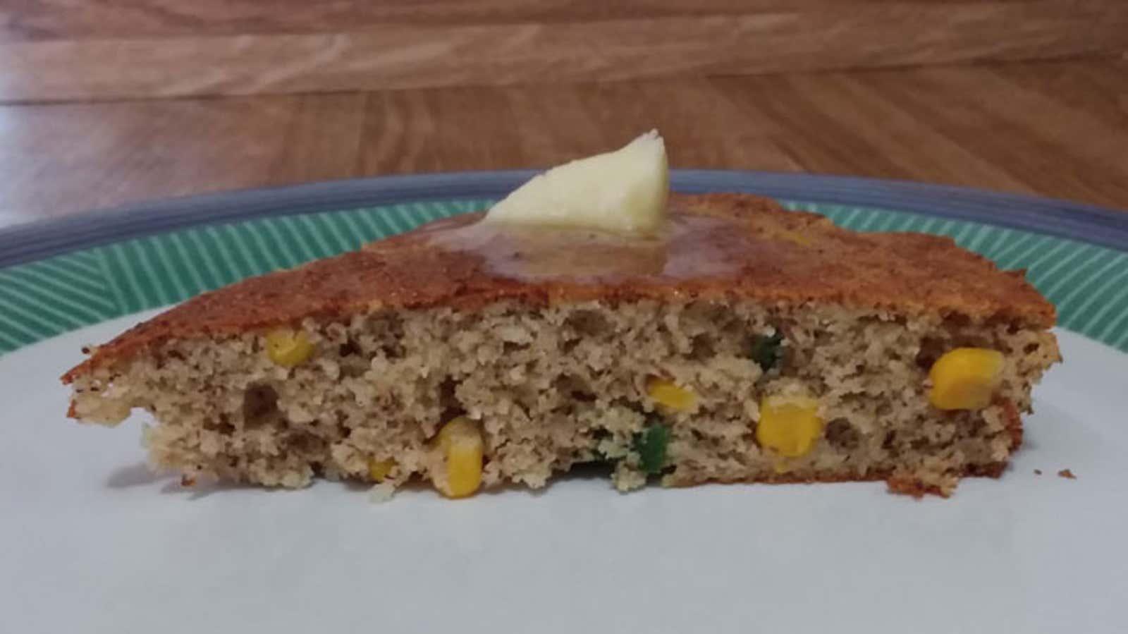 Low-Fat Almond Cornbread
