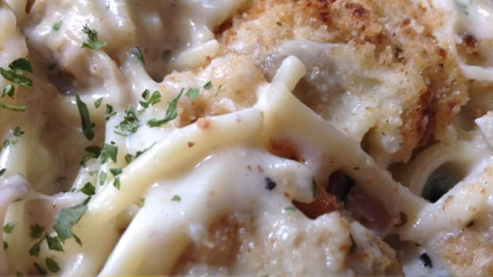Chicken Mushroom Spaghetti In White Sauce