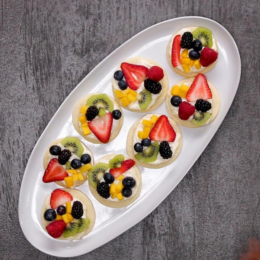 Cookie Fruit Pizzas