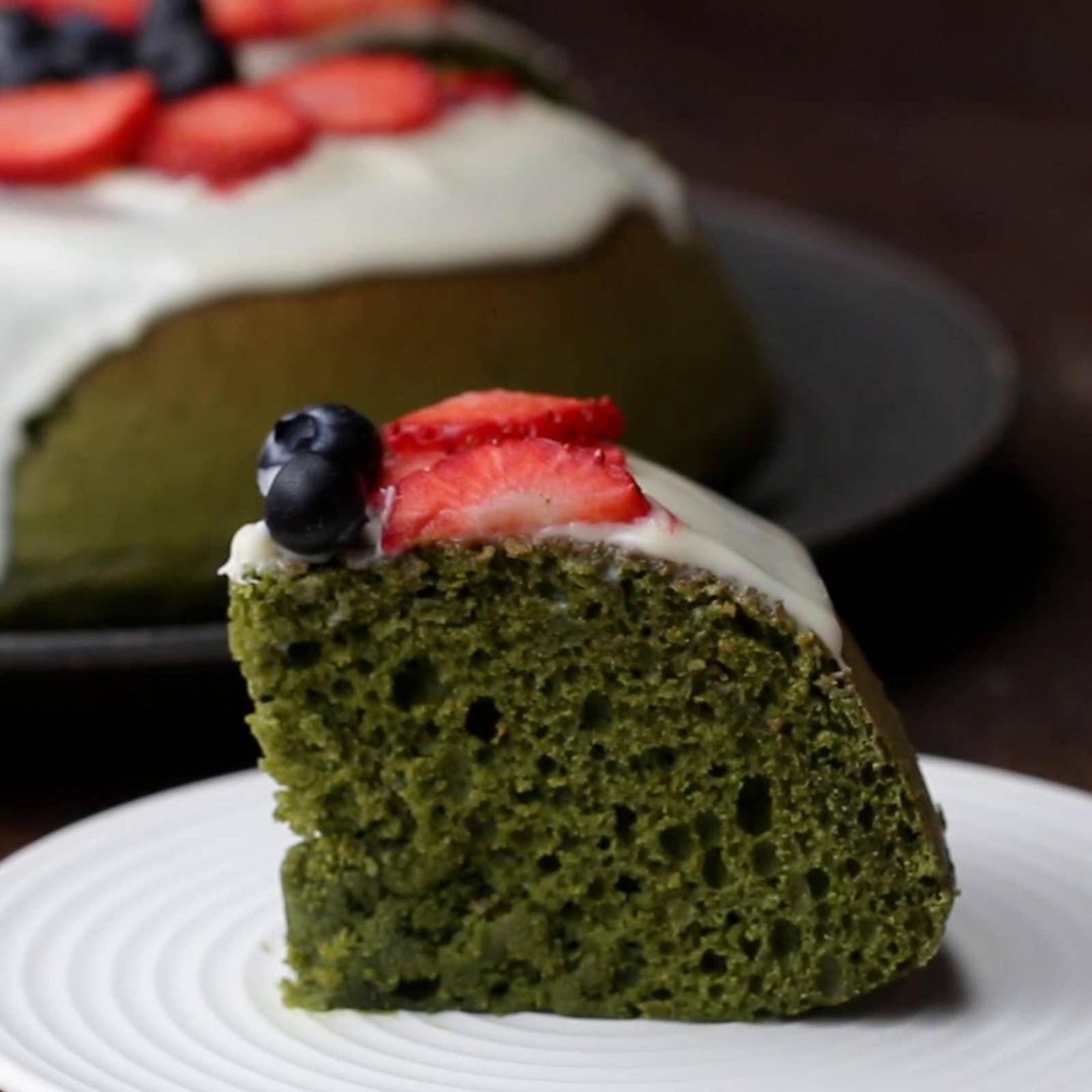 Easy Rice Cooker Green Tea Cake