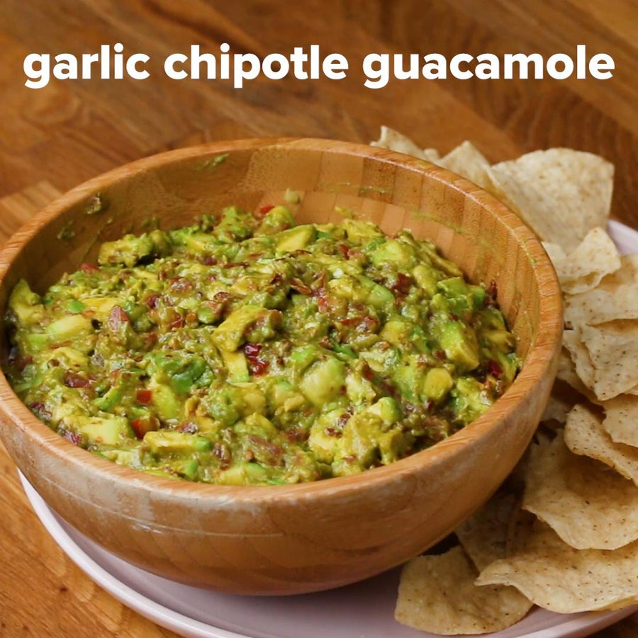 Garlic Chipotle Guacamole