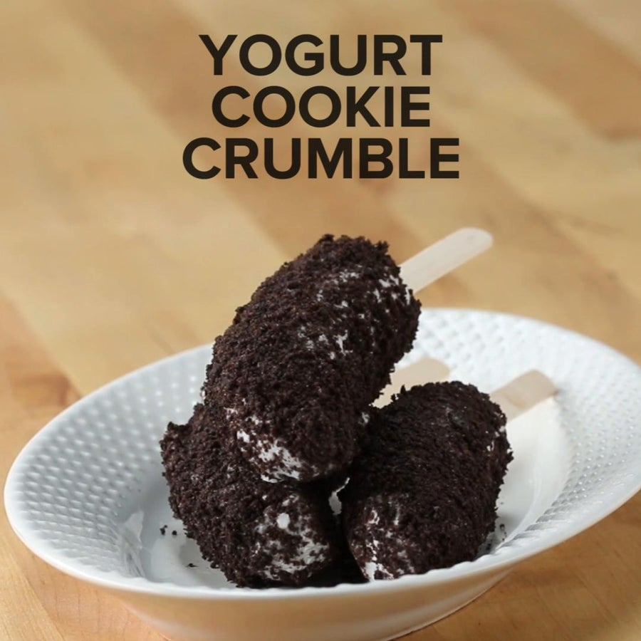 Yogurt Cookie Crumble Frozen Banana