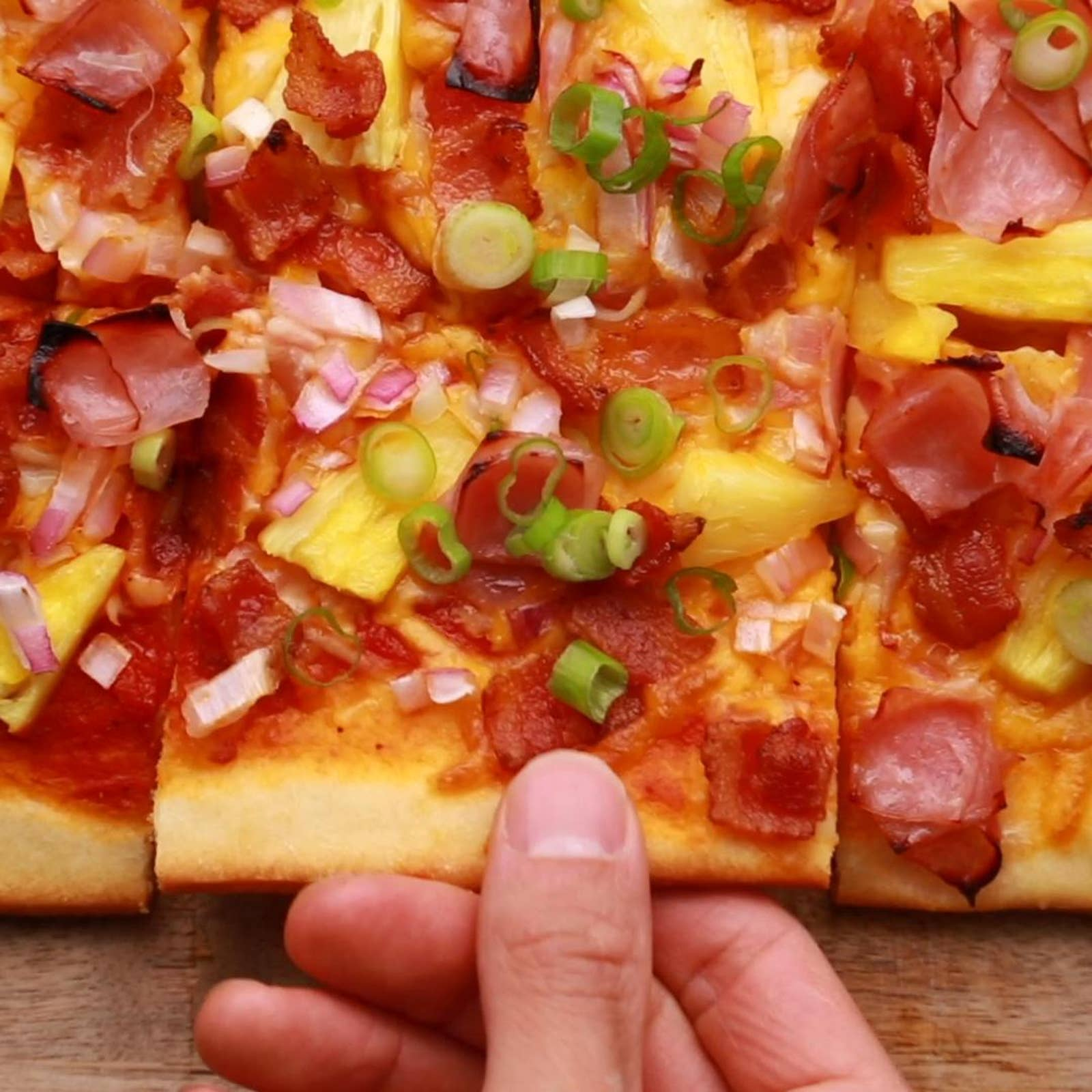 Uncured Honey Ham Hawaiian Flatbread
