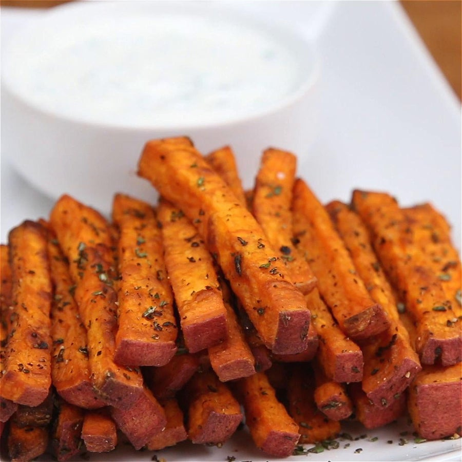 Sweet Potato Fries With Yogurt Chive Dip