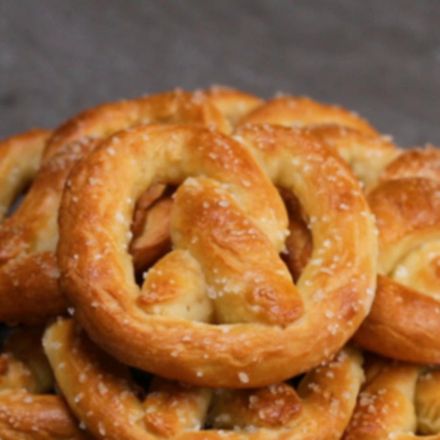 2-Ingredient Dough Pretzels