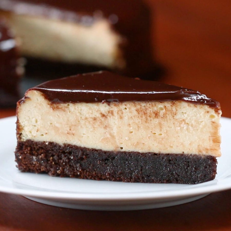 Chocolate Fudge 'Box' Brownie Cheesecake