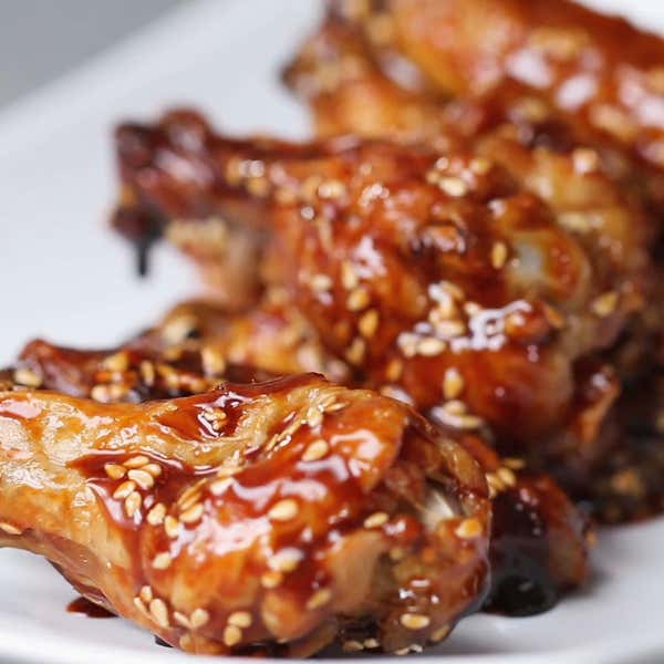 Oven baked chicken wings 4 ways recipes teriyaki baked wings forumfinder Images