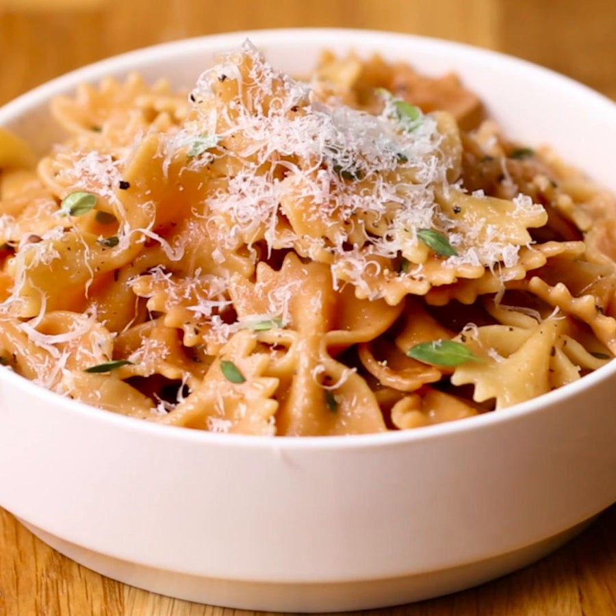 Toasted Farfalle With Thyme Sauce Pasta