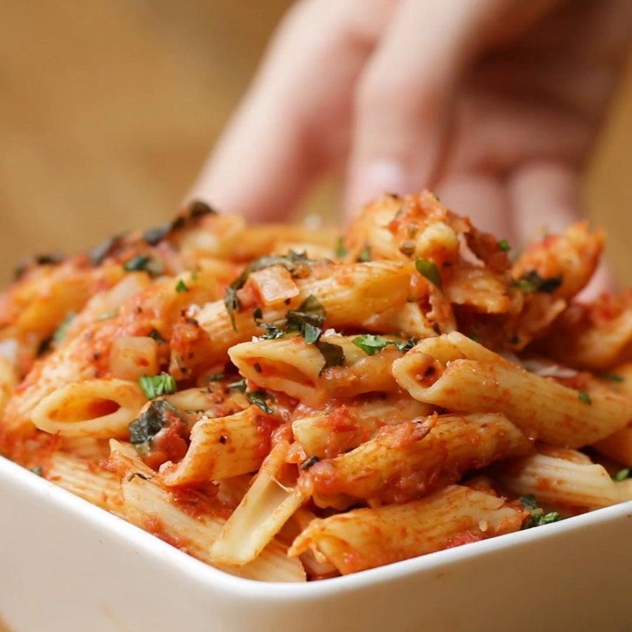 One-Tray Caprese Pasta