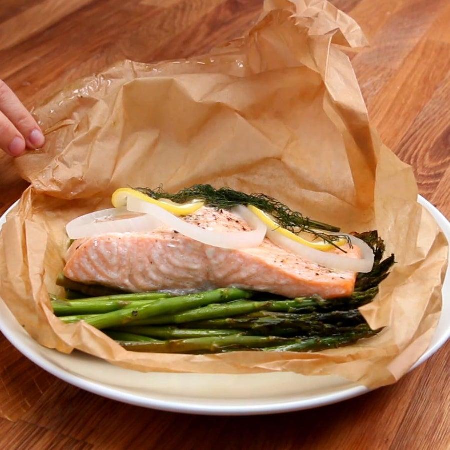 Parchment Lemon Dill Salmon