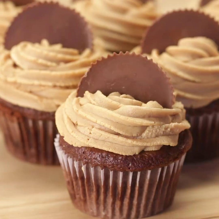 Chocolate Peanut Butter 'Box' Cupcakes