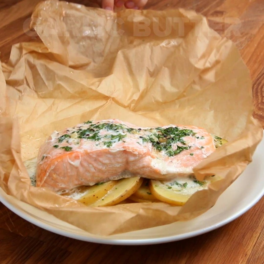 Parchment Garlic Butter Salmon