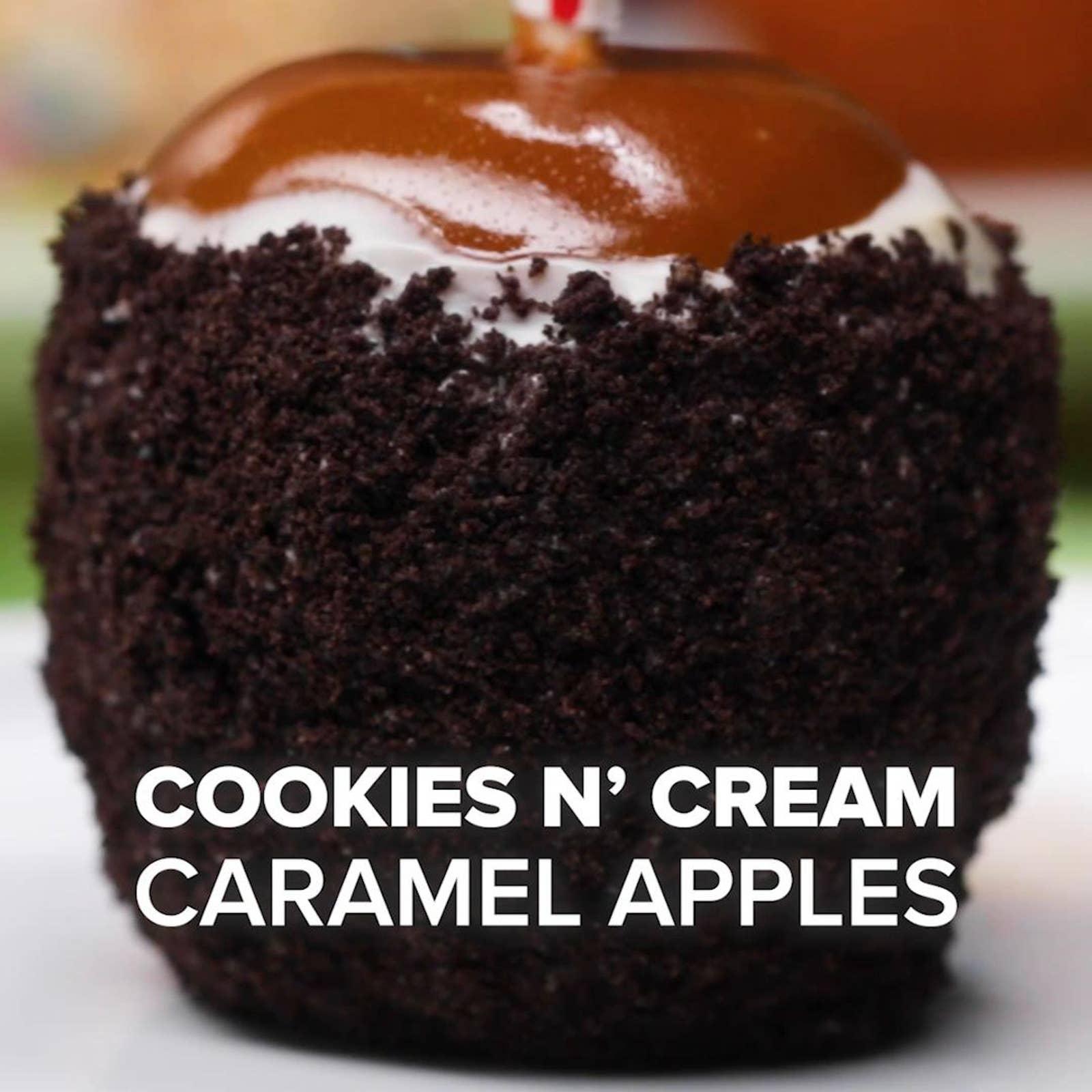 Cookies N' Cream Caramel Apples
