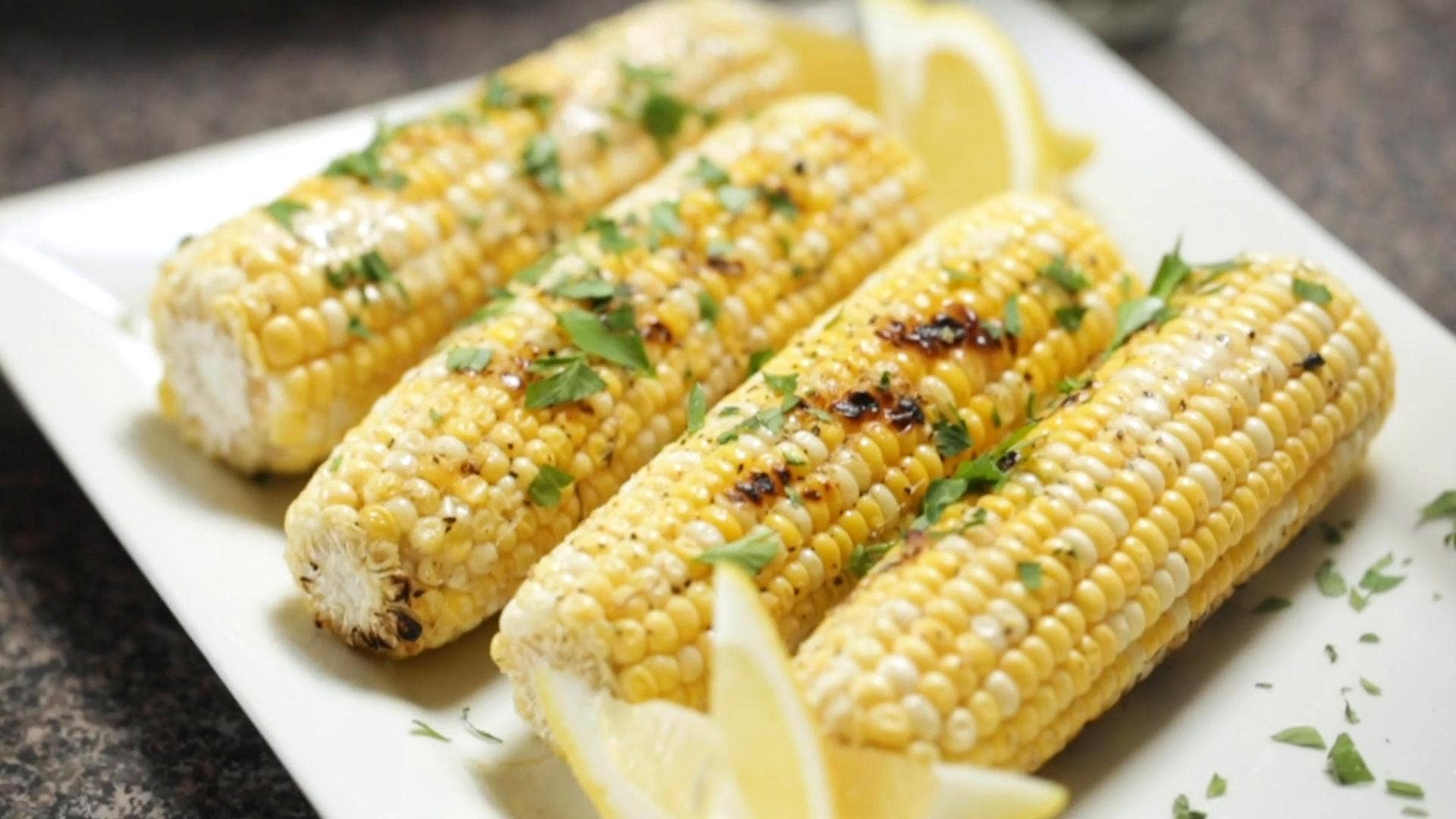 Grilled Sweet Corn With Lemon Pepper Butter