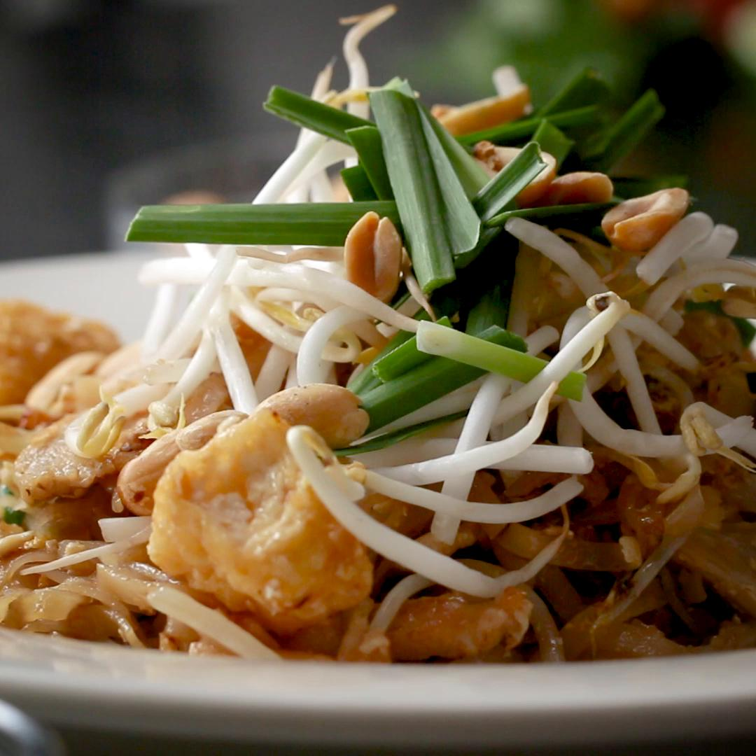 General tsos chicken recipe by tasty classic pad thai forumfinder Gallery