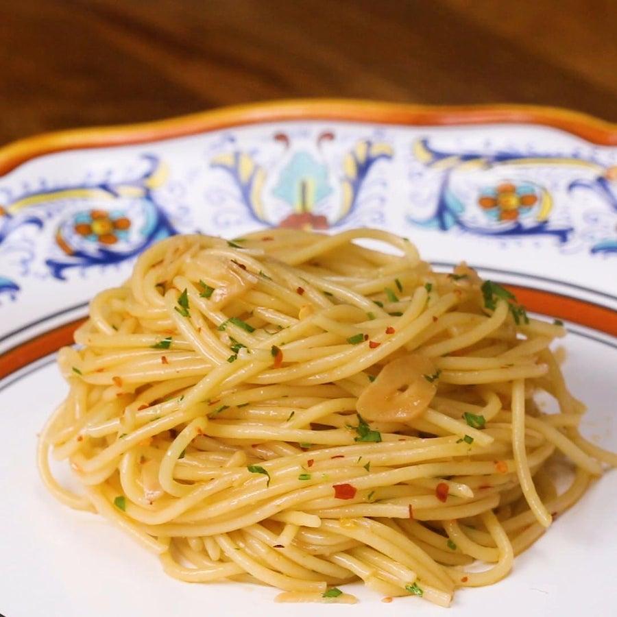 Spaghetti With Garlic And Oil Pasta