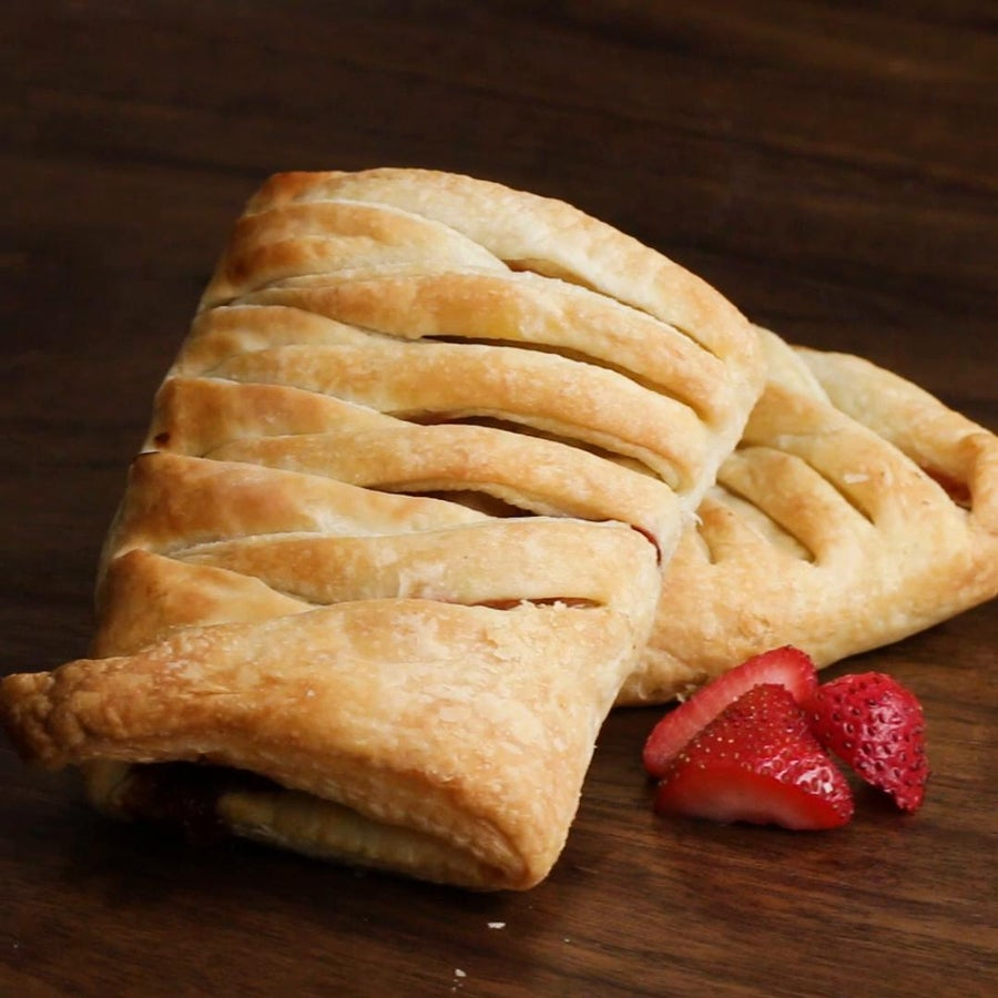3-ingredient Chocolate-Strawberry Braid