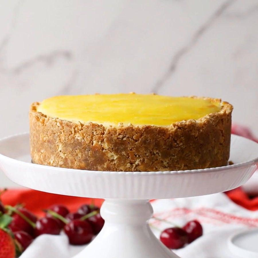 Gooey Custard Cheesecake
