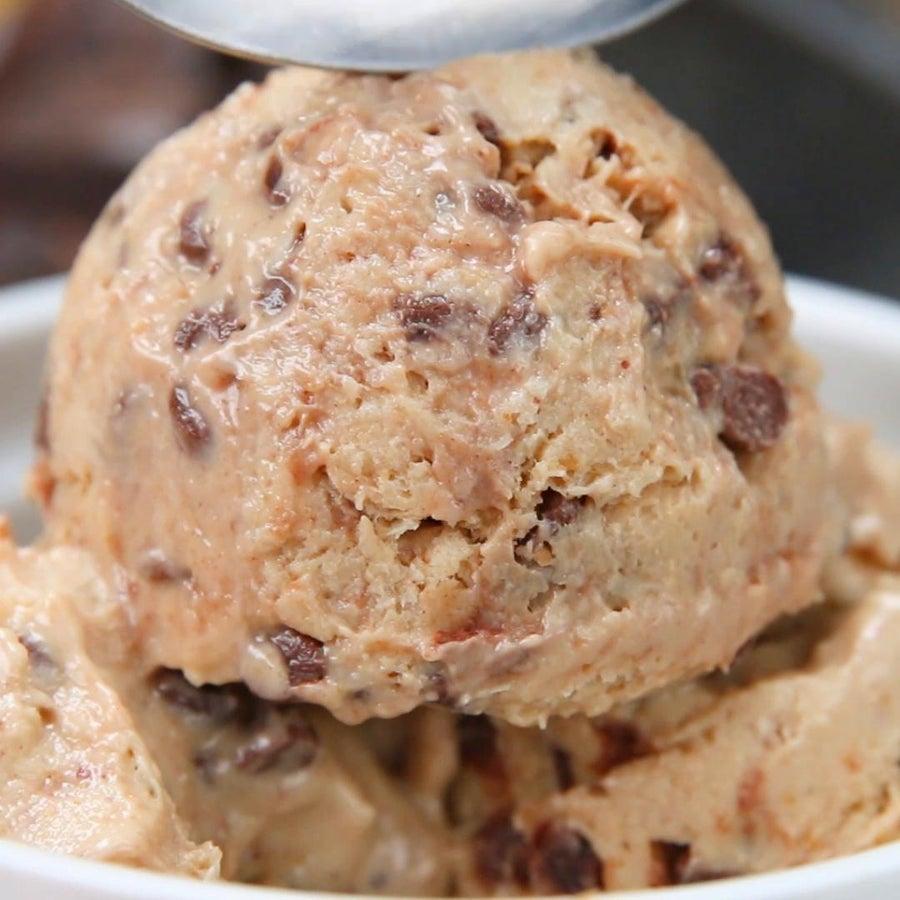 Healthy Chocolate Chip Peanut Butter Frozen Yogurt