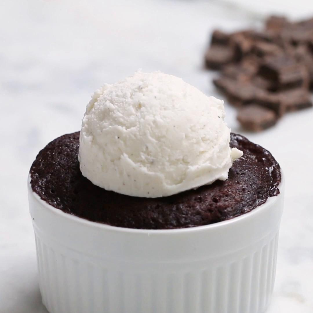 microwave chocolate lava cake recipe by tasty