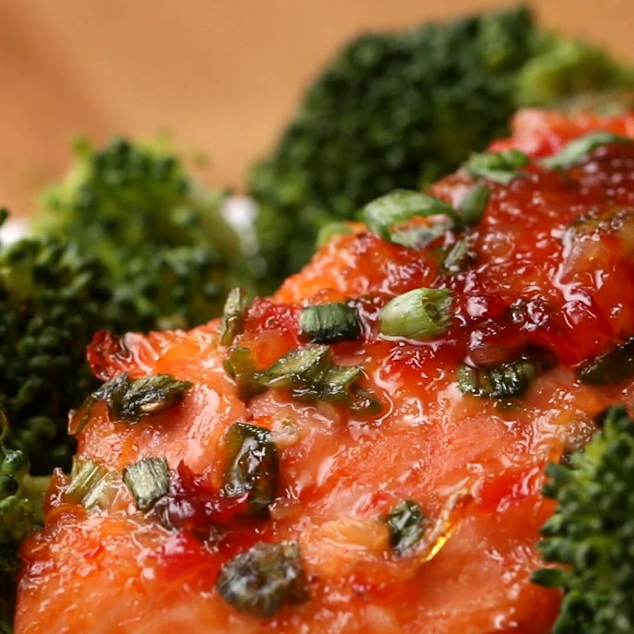 3-Ingredient Chili-glazed Salmon