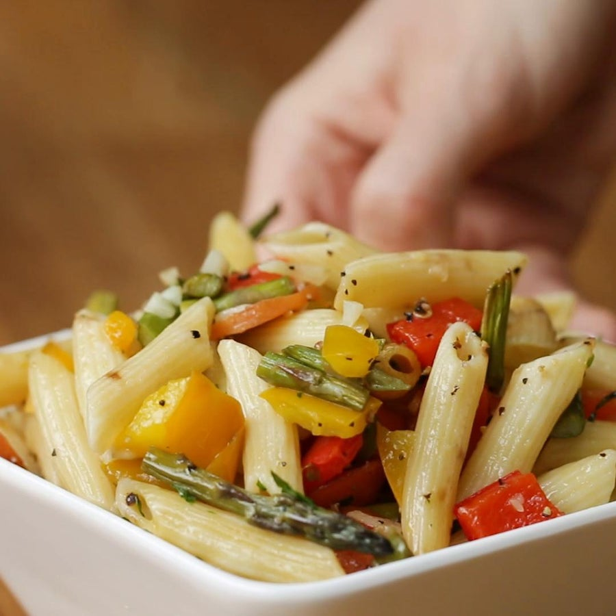 One-Tray Garlic Primavera Pasta