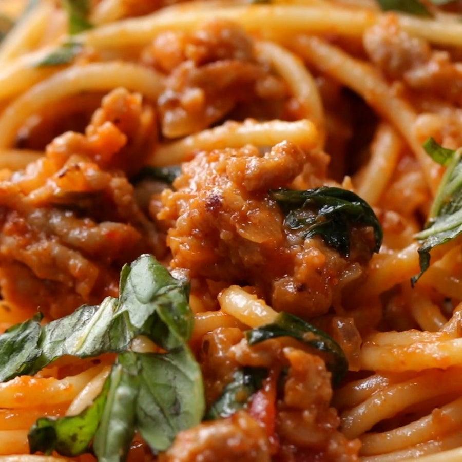 Tomato Basil Sausage Spaghetti