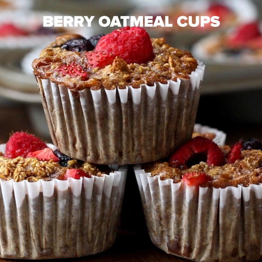 Make-Ahead Berry Oatmeal Cups