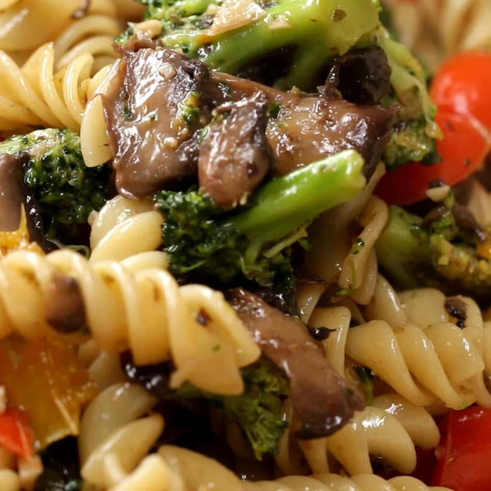 Garlic veggie rotini pasta recipe by tasty by alvin zhou from the video rotini pasta 4 ways forumfinder Gallery