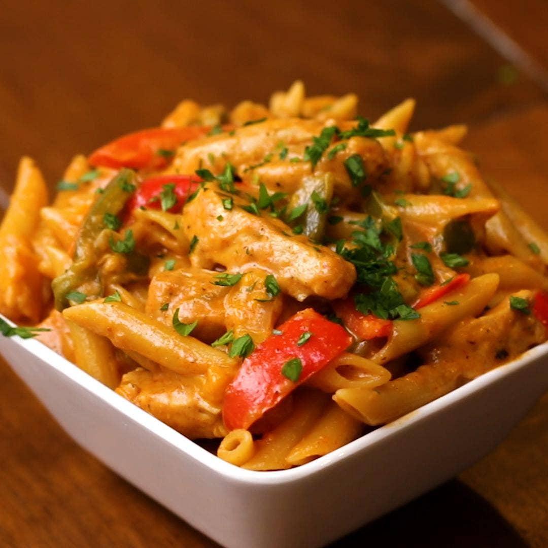 One Pot Chicken Fajita Pasta Recipe by Tasty