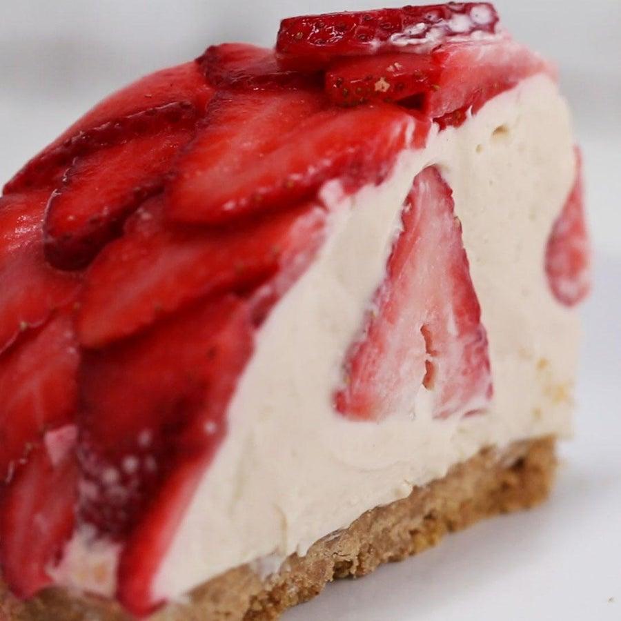 No-Bake Strawberry Cheesecake Dome