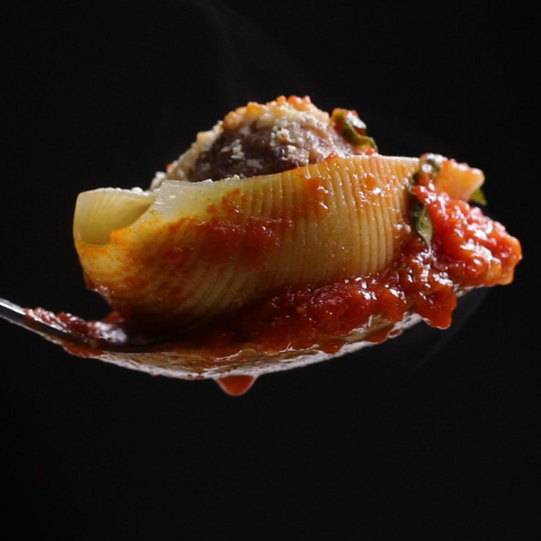 How correctly and tasty to stuff the pasta of the Shell
