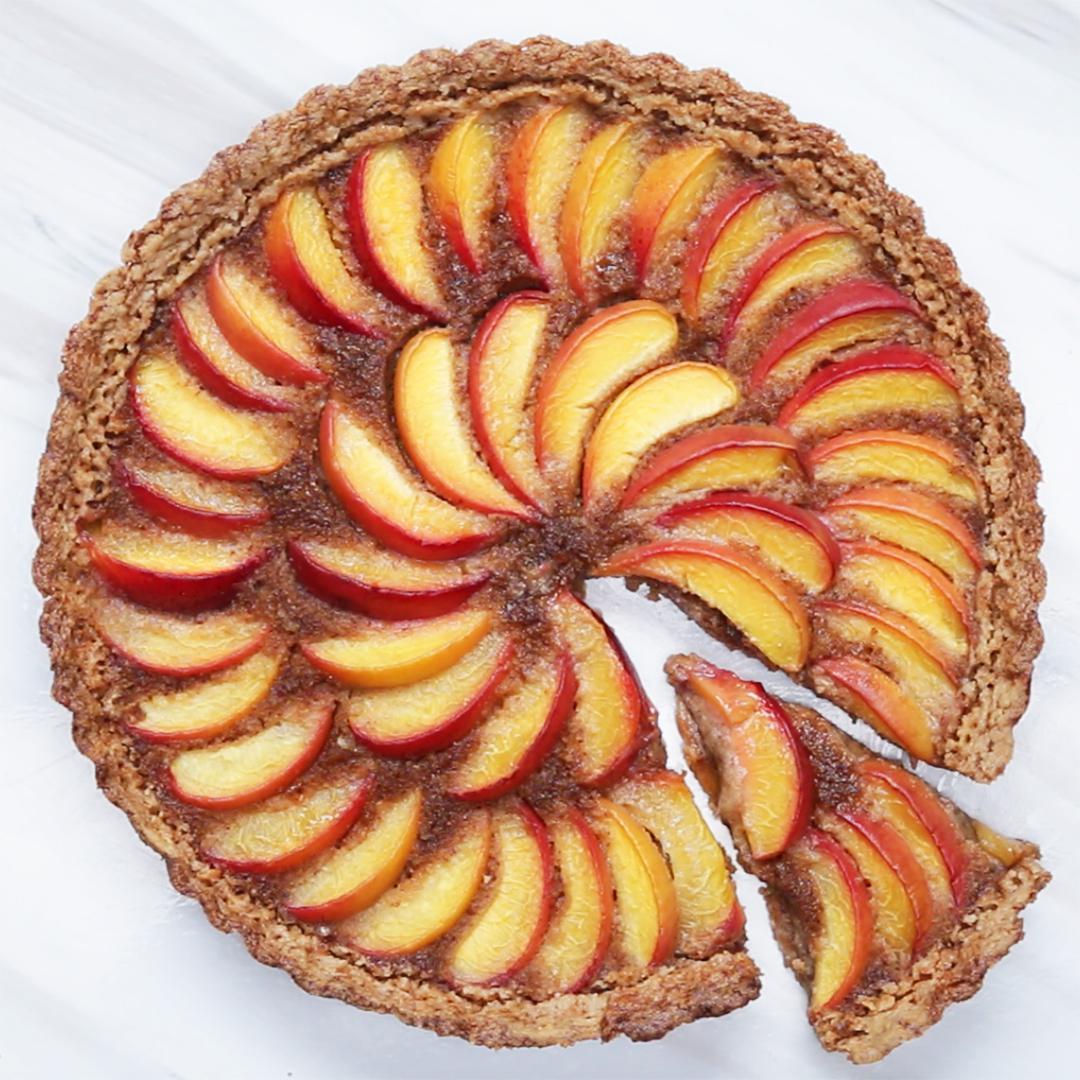 Imagini pentru Dairy-Free Peach Tart