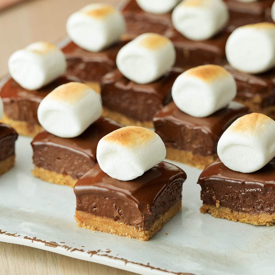 Hot Chocolate Pie Bars Recipe By Tasty