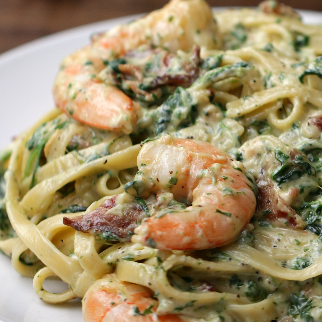 creamy one pot spinach shrimp pasta recipe by tasty rh tasty co