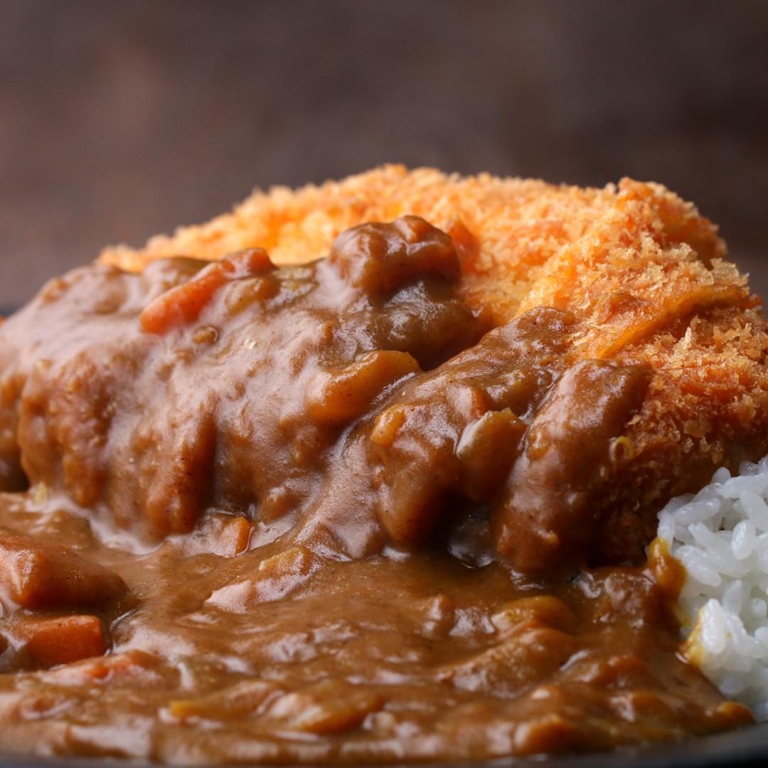 """Znalezione obrazy dla zapytania: Japanese Pork Cutlet (Tonkatsu) With Curry tasty channel"""""""