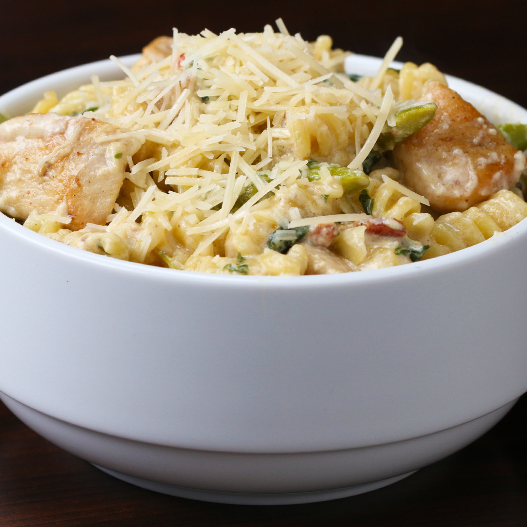 One-Pot Creamy Chicken And Broccoli Pasta Recipe By Tasty-5158