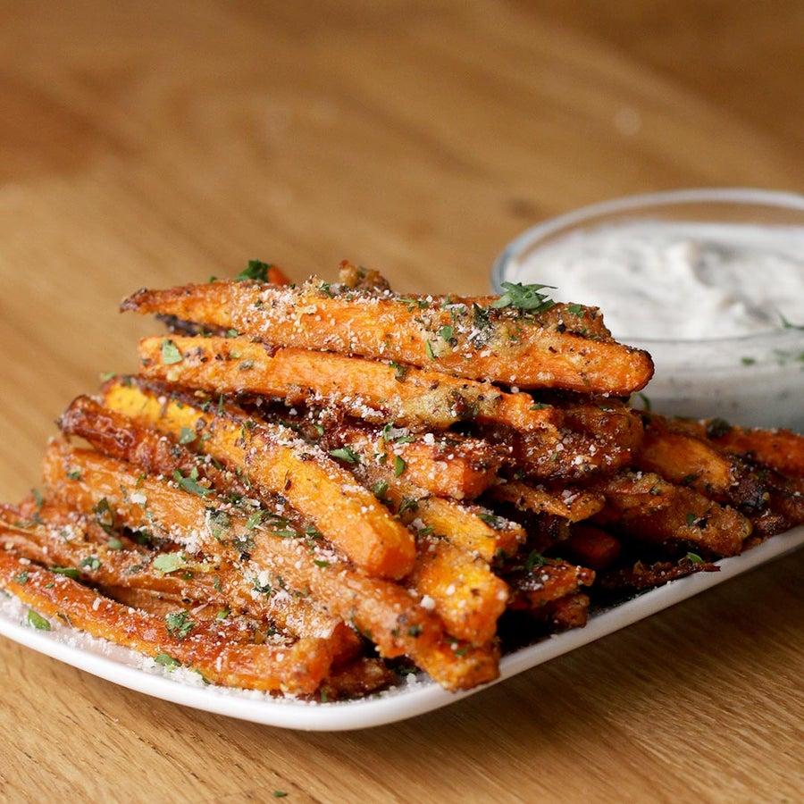 Garlic Parmesan Baked Carrot Fries