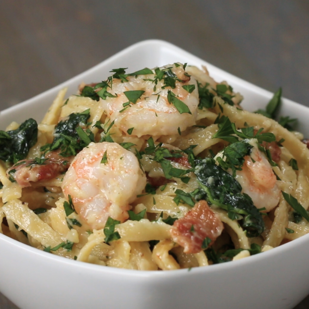 One-Pot Shrimp And Spinach Fettuccine Alfredo Pasta Recipe by Tasty image