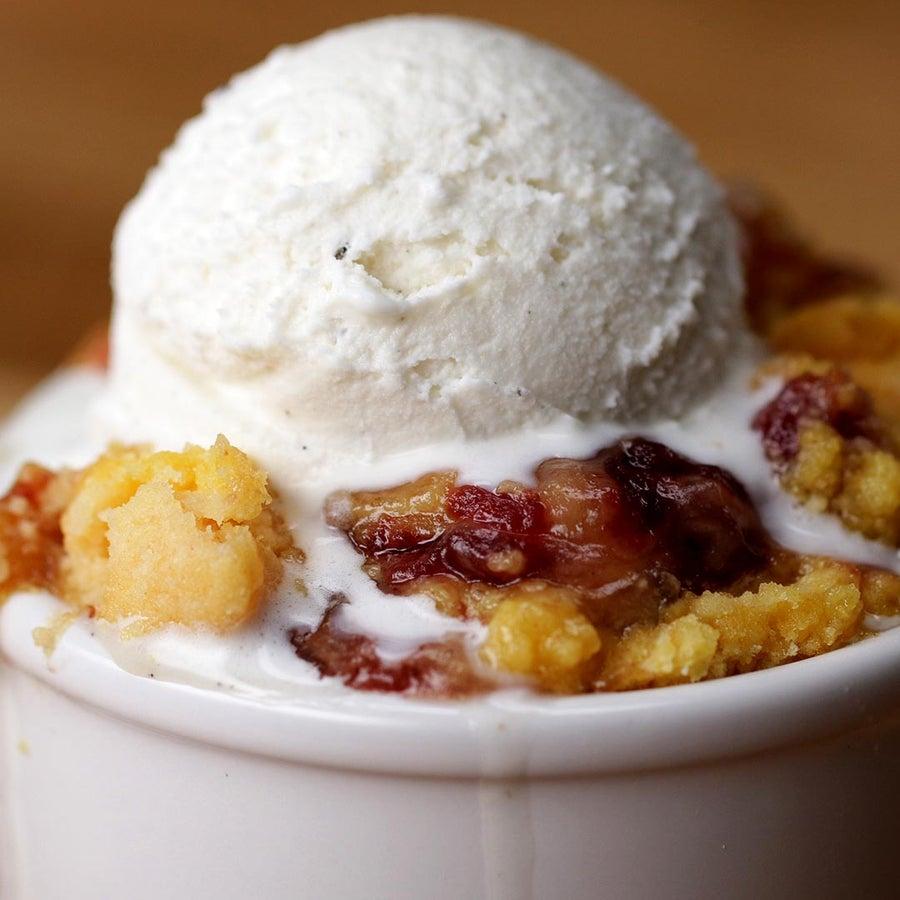 Slow-Cooker Cranberry Apple Pie Cobbler