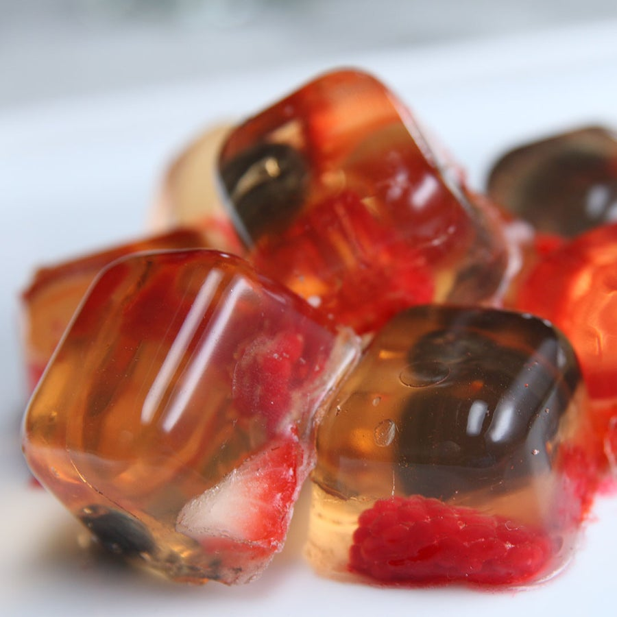 Rosé And Berry Gummies