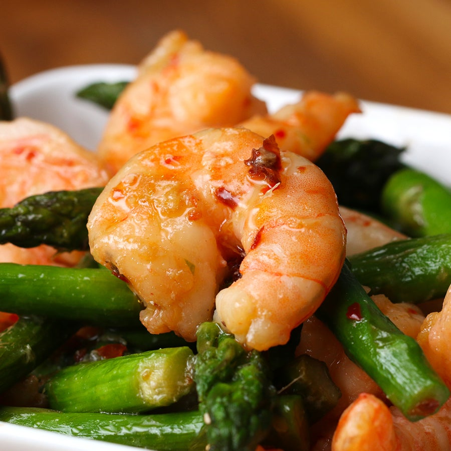 Shrimp And Asparagus Stir Fry (Under 300 Calories)